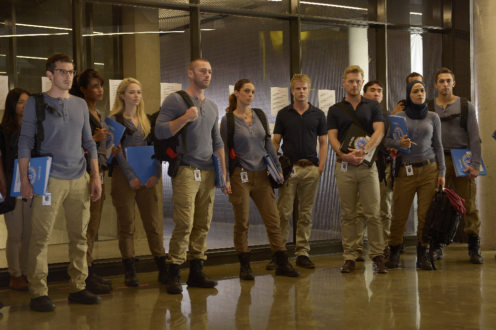 "VIDEO/PHOTOS: Preview 'Quantico' Season 1, Episode 3 ""Cover"""