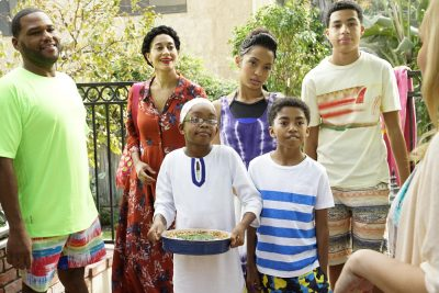 "PREVIEW: 'black-ish' Season 2, Episode 14 ""Sink Or Swim"""