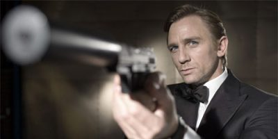 "Daniel Craig stars as James Bond in ""Casino Royale"" from Columbia Pictures. (Handout/MCT)"