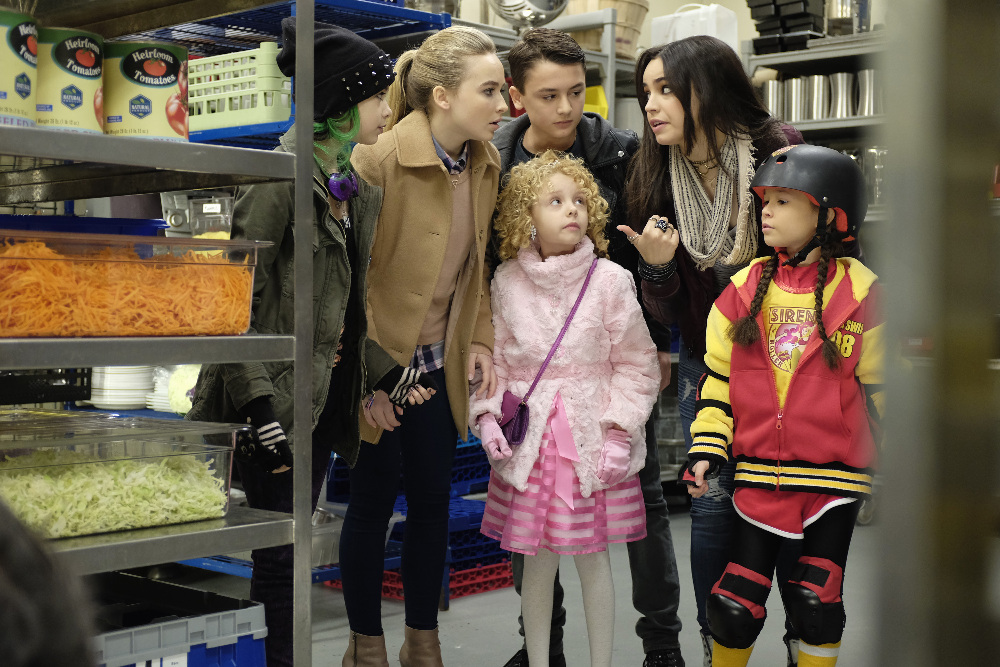 Disney Channel Celebrates 100th Original Film 'Adventures in Babysitting' Remake