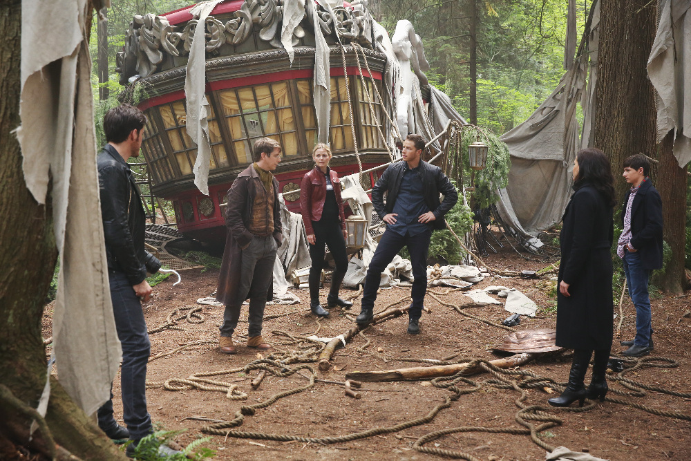 "PREVIEW: 'Once Upon a Time' Season 6 Premiere ""The Savior"""