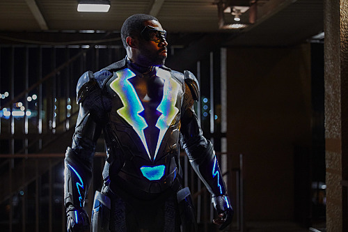 "RECAP: 'Black Lightning' Series Premiere ""The Resurrection"""
