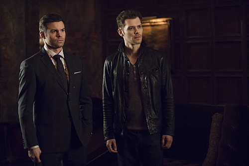 """REVIEW: The Originals Season 5, Episode 11 """"'Til the Day I Die"""" & Episode 12 The Tale of Two Wolves"""