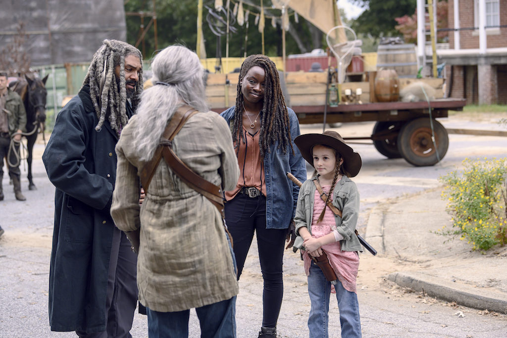 "REVIEW: 'The Walking Dead' Season 9, Episode 15 ""The Calm Before"""